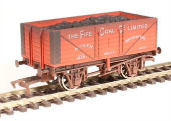 "4F-071-139 7-plank open wagon ""The Fife Coal Company"" - weathered"