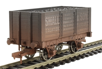 "4F-072-004 7 plank wagon internally braced ""Small & Son"" - weathered"