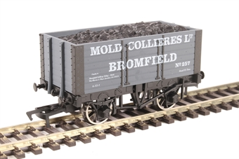 """4F-072-021 7-plank open wagon """"Mold Colliery"""""""