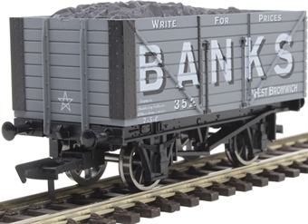 "4F-080-124 8 plank open wagon ""Banks, West Bromwich"""