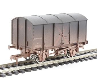 4F-013-002 Gunpowder van GWR - weathered