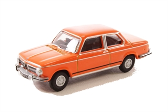 76BM02001 BMW 2002 Colorado Orange