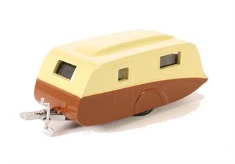 76CV003 Caravan in cream & brown