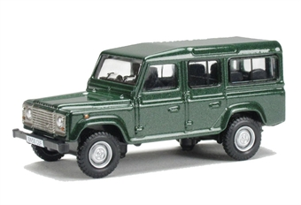 76DEF001 Land Rover Defender in green £4.50