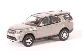 76DIS5001 Land Rover Discovery 5 in Silver
