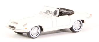 76ETYP013 Jaguar E-Type White