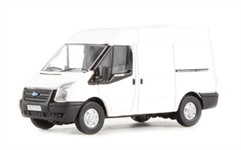 76FT001 Ford Transit van with medium height roof in plain white £4.50