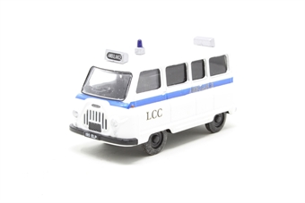 """76JM004-PO01 Morris J2 ambulance in """"London Ambulance"""" livery - Pre-owned - damage to tires - imperfect box"""