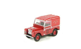 """76LAN188004 Land Rover series I 109"""" hard top in """"Royal Mail"""" livery"""