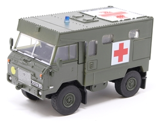 76LRFCA002 Land Rover FC Ambulance Nato Green £8.50