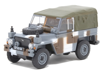 76LRL004 Land Rover Lightweight Berlin Scheme
