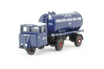 76MH018 Scammell Mechanical Horse Tanker LNER