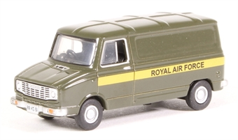 "76SHP005 Leyland Sherpa van - ""RAF Royal Air Force"" £5.50"