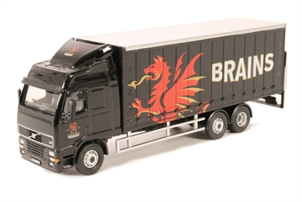 76SP113 Volvo FH Curtainside Lorry Brains