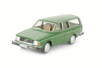 76VE001 Volvo 245 Estate Green