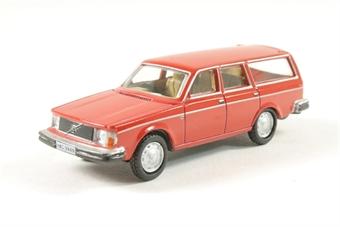 76VE002 Volvo 245 Estate Red