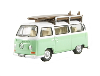 "76VW007 VW Bus/Roofrack/Surfboards ""Birch Green/White"""