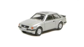 76XR001 Ford Escort XR3i Strato Silver