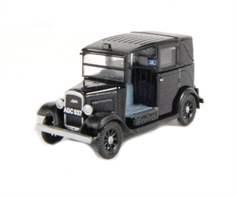 "76AT001 Austin ""Low loader"" taxi in black"