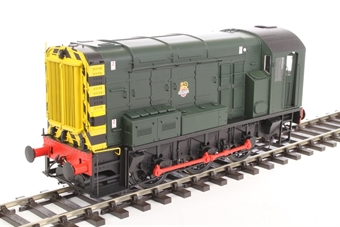 7D-008-008U Class 08 shunter in BR green with early crest and wasp stripes - unnumbered