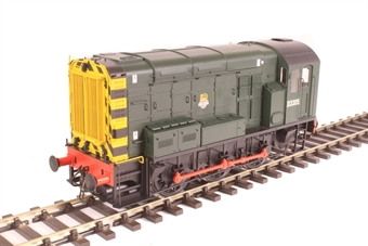 7D-008-008 Class 08 shunter D3305 in BR green with early crest and wasp stripes