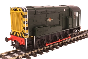 7D-008-009U Class 08 shunter in BR green with late crest and wasp stripes - unnumbered