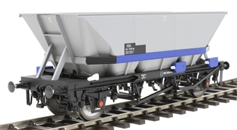 7F-048-004 HAA MGR coal hopper 351351 in Railfreight livery with blue cradle