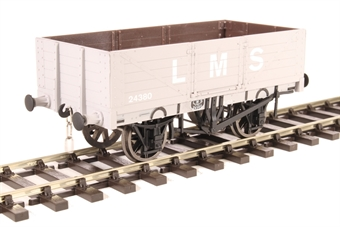 7F-051-035 5-plank open wagon 24380 in LMS livery
