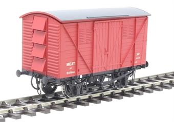 7F-054-002 12-ton meat van 870146 in BR crimson