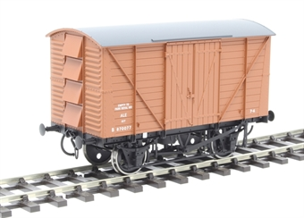 7F-056-014 12-ton ale van with planked sides B870077 in BR bauxite