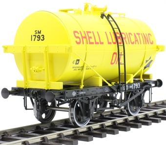 "7F-059-008 14-ton Type B tank wagon - ""Shell Lubricating Oil"""