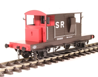 7F-100-005 SR Pill Box brake van 55585 in Southern Railway brown and red with large letters