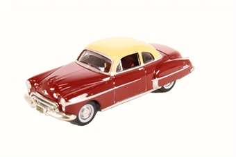 87OR50001 Oldsmobile Rocket 88 Coupe 1950 Chariot Red/Canto Cream
