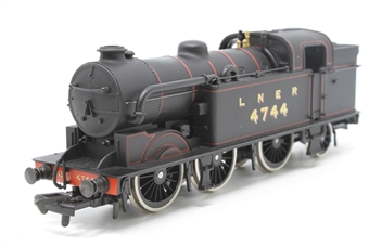 954158-PO07 Class N2 0-6-0 Tank 4744 in LNER Black - Pre-owned - Imperfect Box