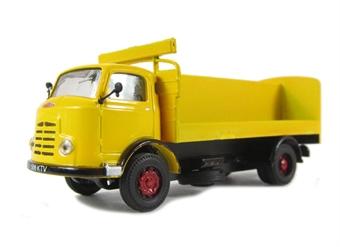A005bs Karrier Bantam drinks truck - yellow (circa 1962-1972).