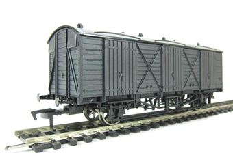 A013 Fruit D wagon unpainted
