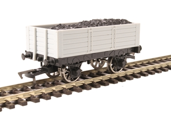 A015 Unpainted 5 plank wagon with 9ft wheelbase
