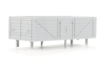 B002Dapol Unpainted wagon body - 7 plank