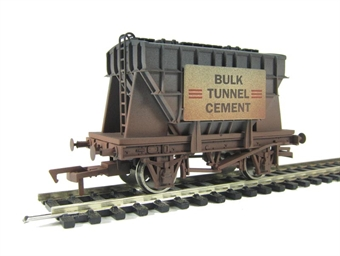 4F-035-004 Presflo wagon in Bulk Tunnel Cement livery. Weathered (ex-B1011W)