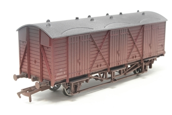 B745SpecW-PO Fruit 'D' wagon in BR maroon livery W2010 - weathered. Hattons limited edition of 300 - Pre-owned - Like new, imperfect box  £15