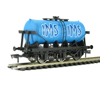 "4F-031-007 6 wheel milk tanker ""IMS"" £14"
