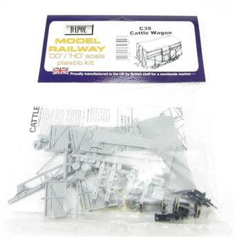 C039 BR Cattle Wagon plastic kit £5.50