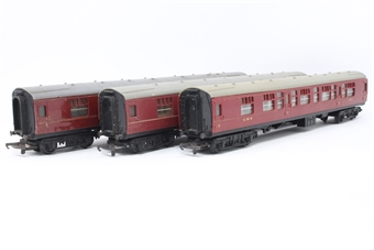 CoachbundleOO-PO100 Bundle of 3 Assorted coaches - Pre-owned - sold as seen