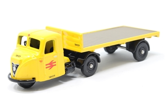 "DG148004-PO02 Scammell Scarab with flatbed trailer ""British Rail"" (1970's) yellow - Pre-owned - Like new £8"