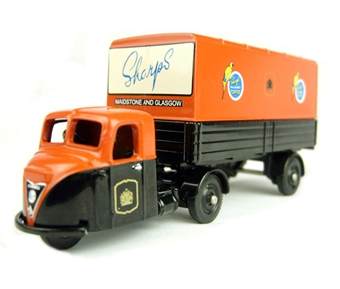 DG148020 Scammell Scarab Box Trailer - Sharps Toffee