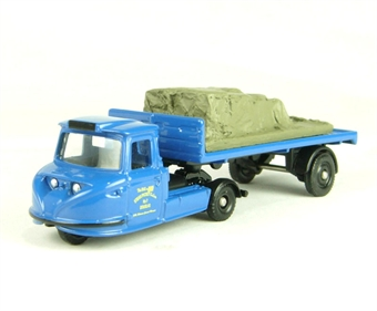 DG206002 Scammell Townsman Flatbed/Load - Isle of Man Steam Packet Co Ltd