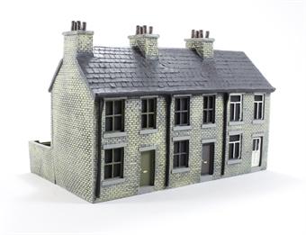 EM6008A 3 house terrace (recolour) £17.50
