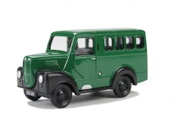 EM76690 Trojan Personnel wagon