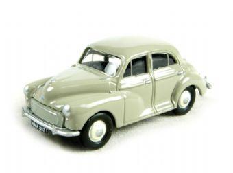EM76821 Morris Minor 4-door in beige