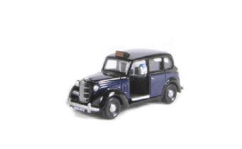 EM76829 Austin FX3 London Taxi in Black over Dark Blue